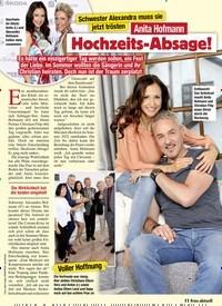 Titelbild der Ausgabe 14/2021 von Schwester Alexandra muss sie jetzt trösten: Anita Hofmann: Hochzeits-Absage!. Zeitschriften als Abo oder epaper bei United Kiosk online kaufen.