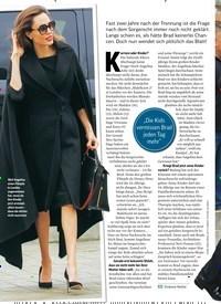 Titelbild der Ausgabe 24/2018 von ANGELINA JOLIE: Brads Triumph. Zeitschriften als Abo oder epaper bei United Kiosk online kaufen.