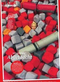 Titelbild der Ausgabe 14/2019 von Die uns bewegen: DANIELA KATZENBERGER: Abgetaucht. Zeitschriften als Abo oder epaper bei United Kiosk online kaufen.