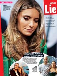 Titelbild der Ausgabe 39/2019 von COVERSTORY: SOPHIA THOMALLA Lie bes-Aus?. Zeitschriften als Abo oder epaper bei United Kiosk online kaufen.