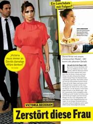 Titelbild der Ausgabe 39/2019 von VICTORIA BECKHAM: Zerstört diese Frau ihre Ehe?. Zeitschriften als Abo oder epaper bei United Kiosk online kaufen.