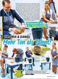 Titelbild der Ausgabe 7/2020 von Riesenspaß an der Töpferscheibe: VICTORIA & DANIEL: Mehr Ton als Talent!. Zeitschriften als Abo oder epaper bei United Kiosk online kaufen.