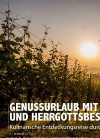Titelbild der Ausgabe 8/2020 von GENUSSURLAUB MIT GRENZGÄNGERN UND HERRGOTTSBESCHEISSERLE. Zeitschriften als Abo oder epaper bei United Kiosk online kaufen.